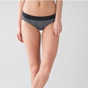Lululemon Tidal Flow Full Bottom Freckle Flower